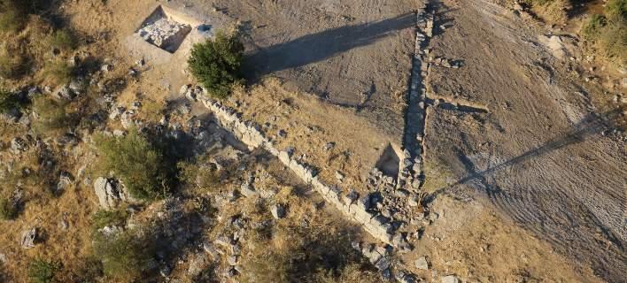 Αποκαλύφθηκαν αρχαίοι τάφοι, οχυρά και μαγειρικά σκεύη σε ανασκαφή στην Κωπαΐδα